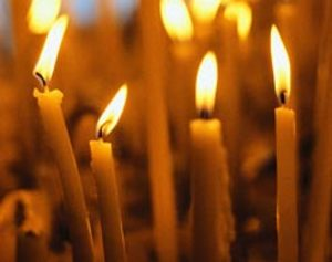 Four_candles_1